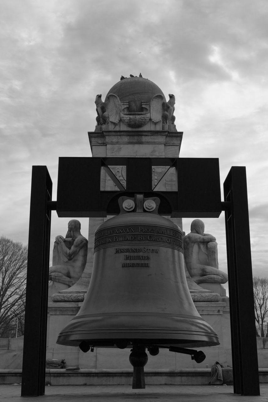 Testing Low Angle with Flip Out LCD - Replica Liberty Bell with Watchful Statues - Black and White.