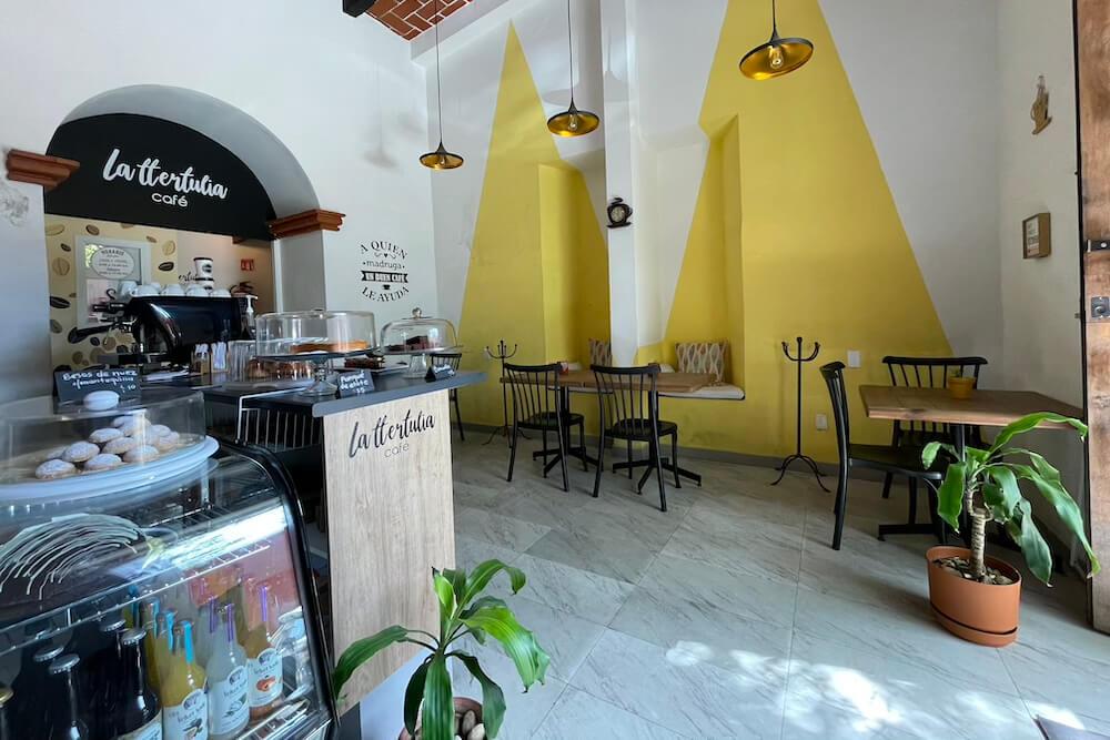 La Ttertulia Cafe Oaxaca City Digital Nomad Cafe photo of interior