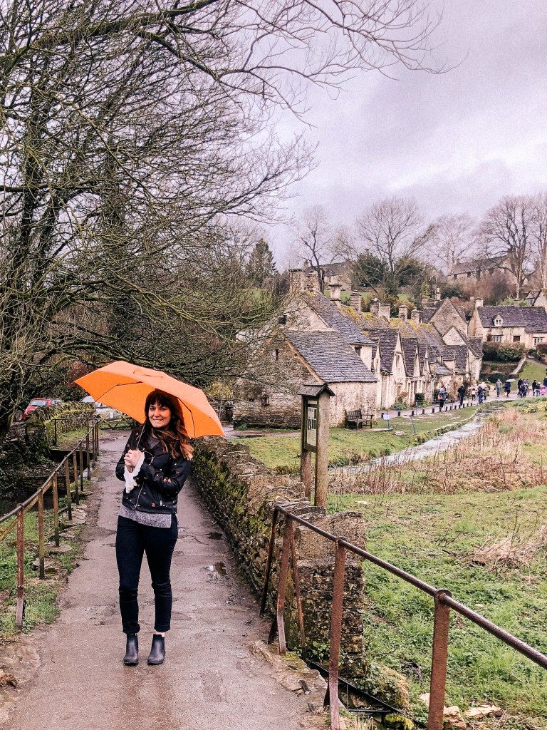 Arlington Row, Bibury, Cotswolds, Gloucestershire, UK, England, English Countryside, english charm, small cottages, iconic view, tiny homes, scenic country life, laurel wilson, dame traveler