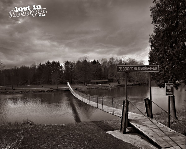 Croswell swinging bridge