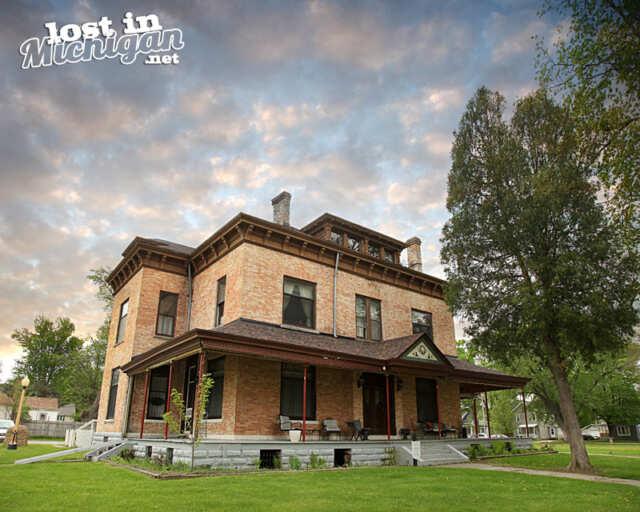 peter mansion columbiaville