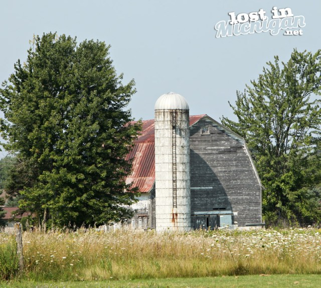 standish michigan barn
