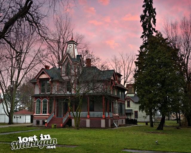 fenton michigan house
