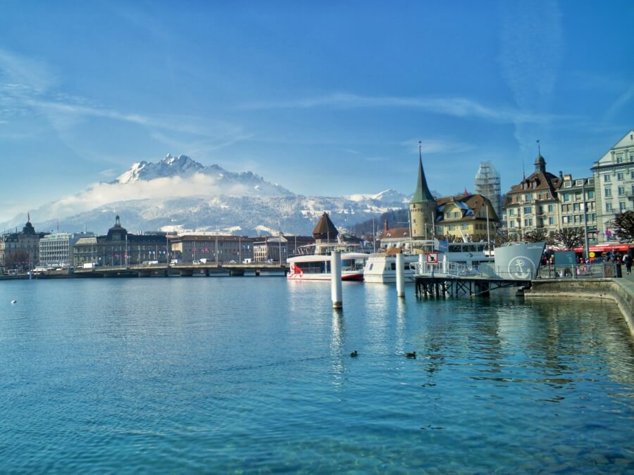 Lucerne with view over Lake Lucerne and Mount Pilatur