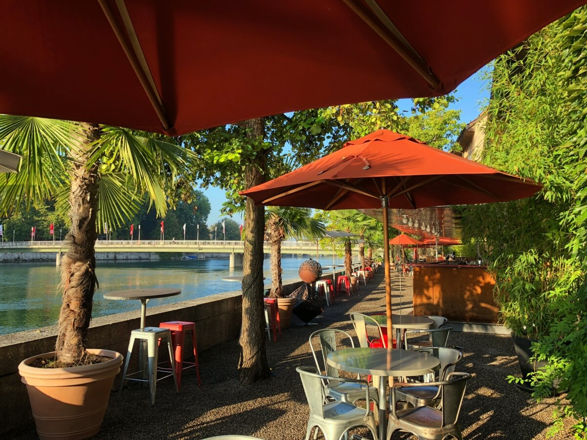 Solheure bar by the River Aare