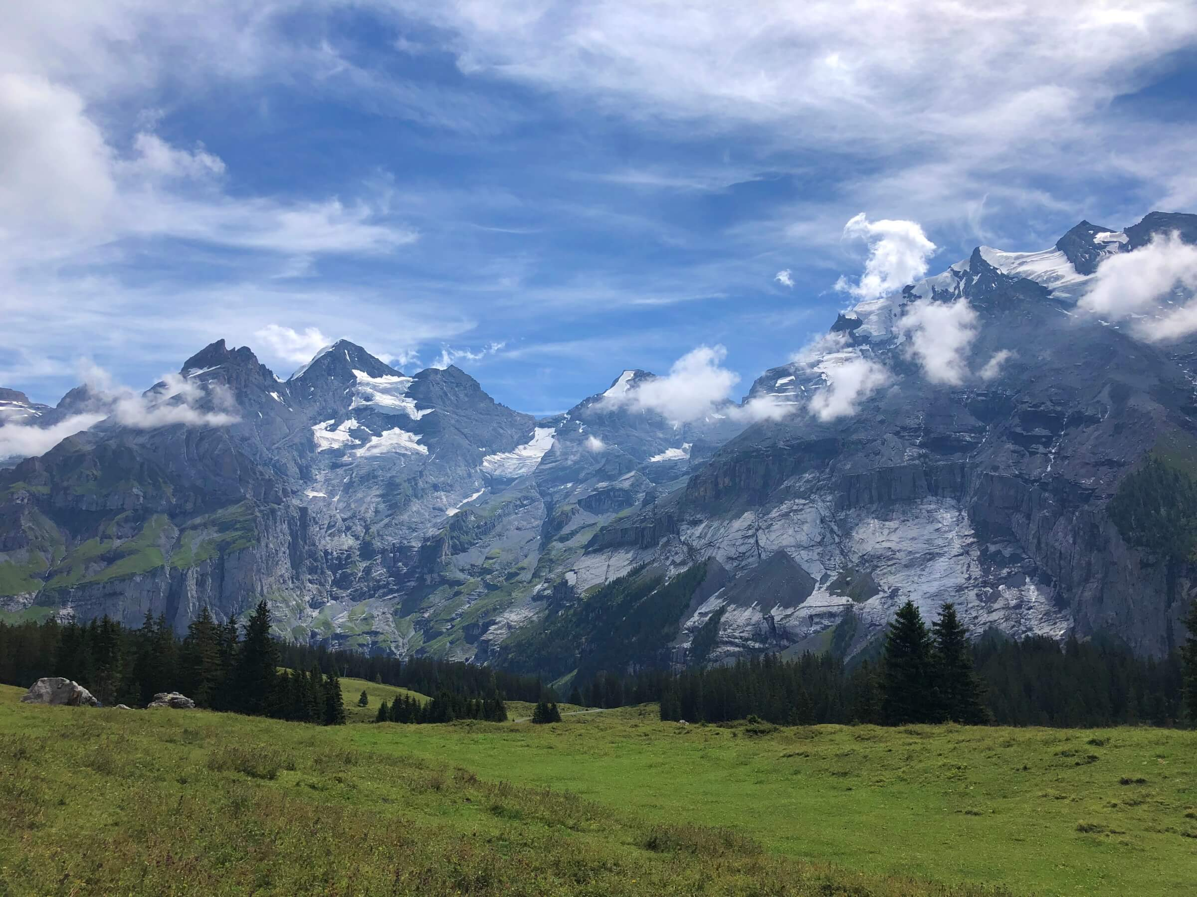 hiking at Oeschinensee