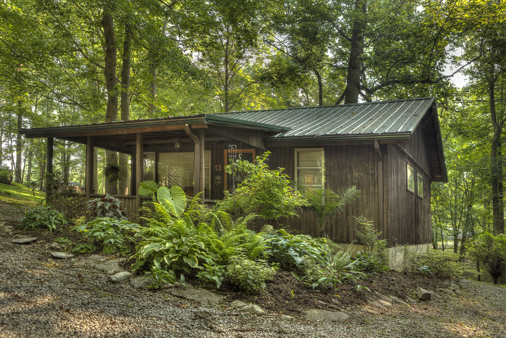 A vacation rental at the Lost Lodge Resort at Lake Cumberland is the perfect place to relax, regenerate and recreate.