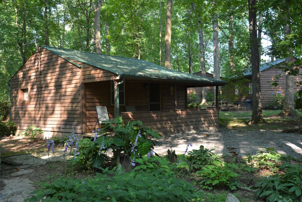 Looking for lodging at Lake Cumberland?  The Lost Lodge Resort is truly a great place to get away from it all.