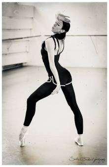 Victoria Tereshkina rehearsing in The Legend of Love 1