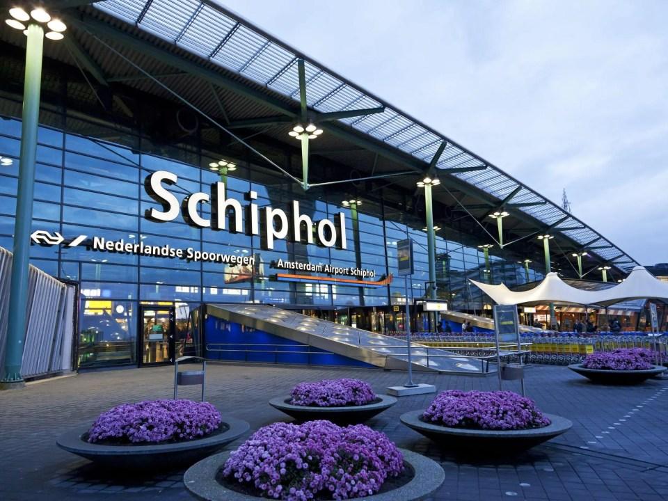 Facciata dell'aeroporto Schiphol di Amsterdam