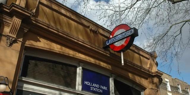 Entrata della stazione della metropolitana di Holland Park