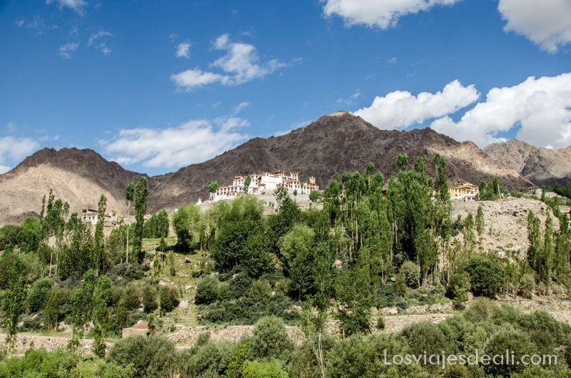valle del indo monasterio de Liker