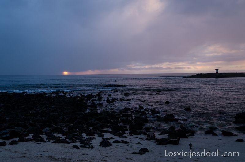 puesta de sol de isla San Cristóbal