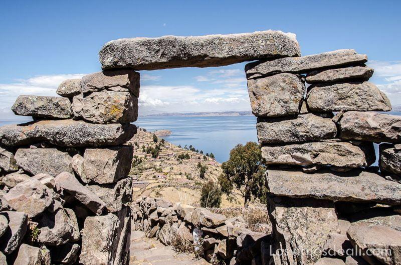 islas del lago titicaca senderismo en taquile