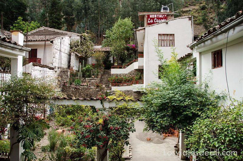 alojamiento en chavin de huantar perú