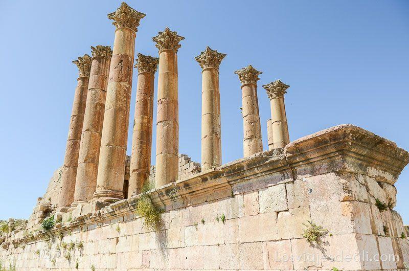 ruinas de jerash templo artemisa