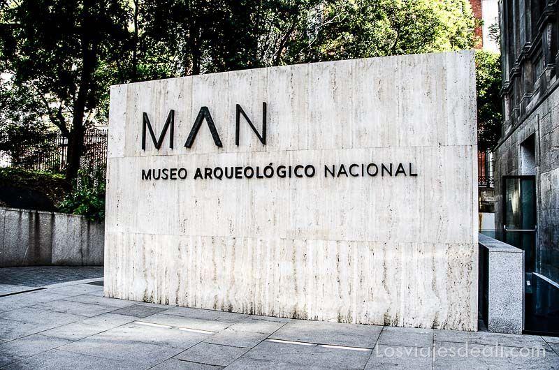 Museo Arqueologico Nacional de Madrid cartel