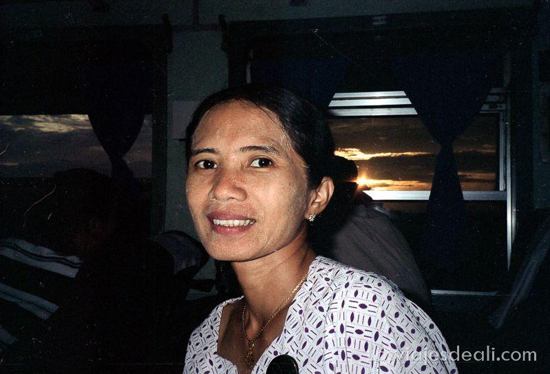 myanmar guia