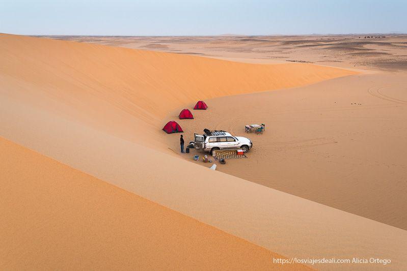 Acampada en el desierto de Sudán