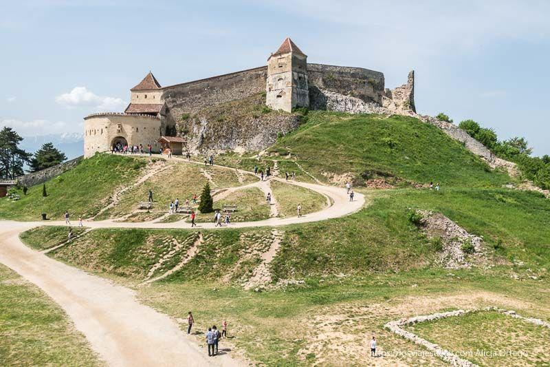 fortaleza de Rasnov primeras impresiones de un viaje a transilvania