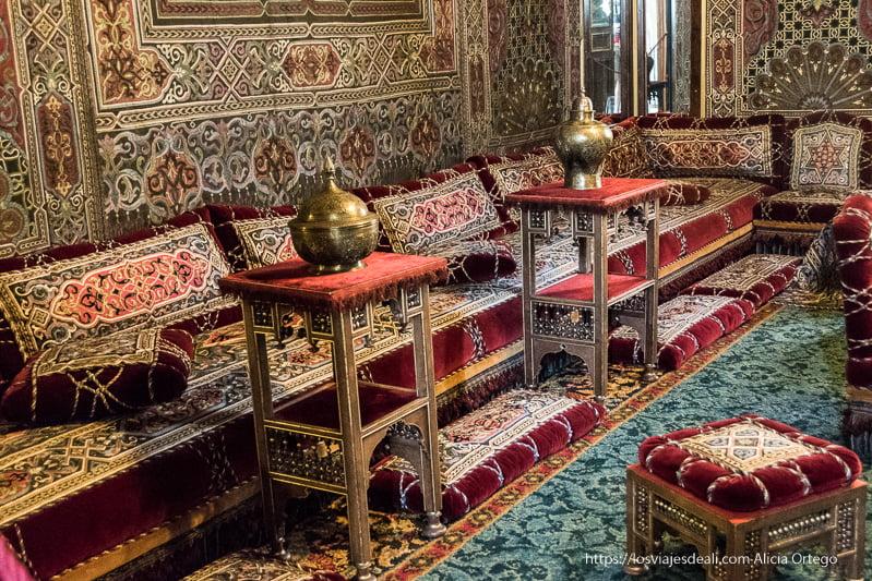 sala turca para fumar en el castillo de peles en sinaia