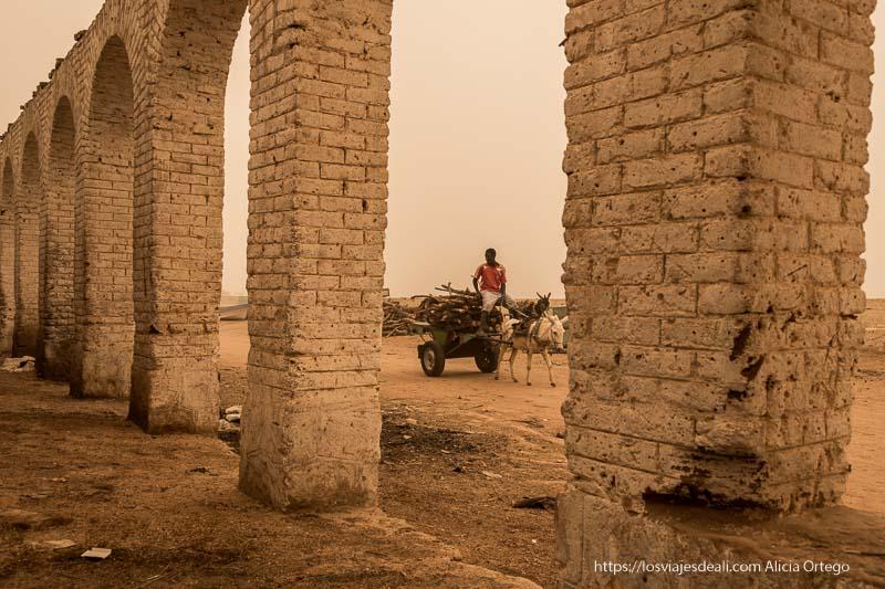 mercado de karima el día de la gran tormenta de arena sudan