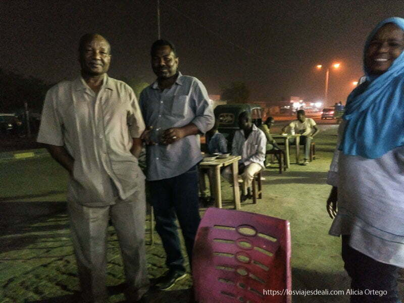 el team del viaje en la noche de dongola