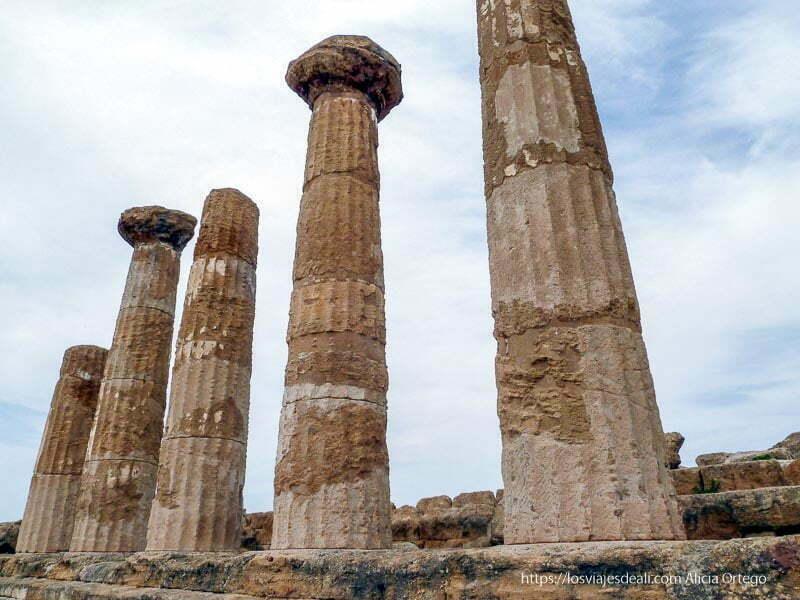 5 columnas dóricas de un templo de agrigento