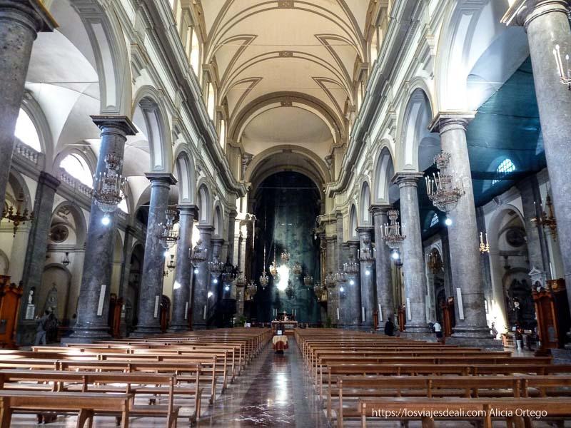 interior iglesia barroca con columnas de mármol iglesias y mercados de palermo