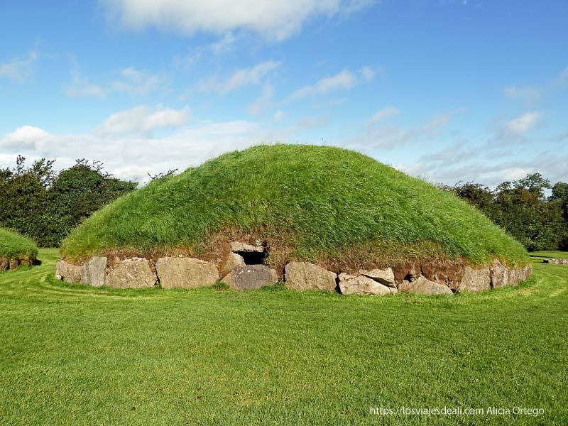 túmulo de newgrange