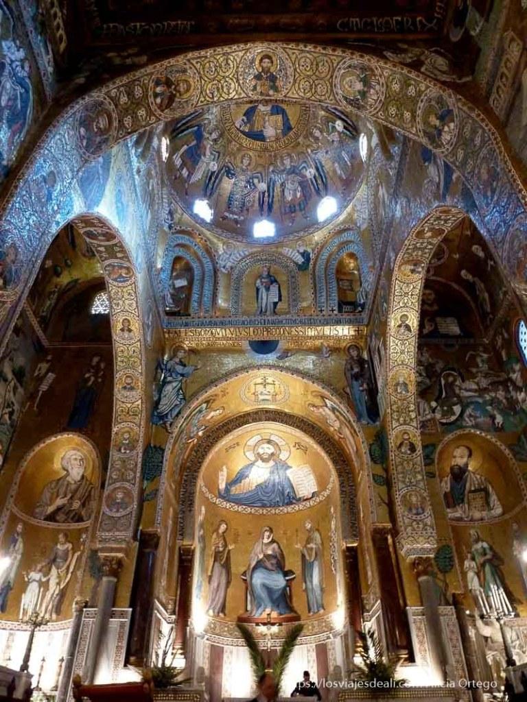 altar lleno de mosaicos en el palacio de normandi qué ver en palermo