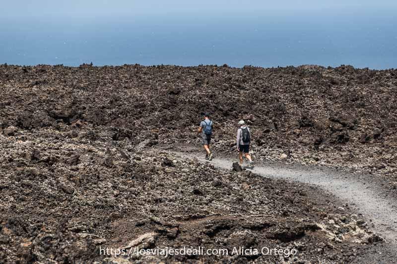 Senderismo En Lanzarote La Ruta De La Caldera Blanca