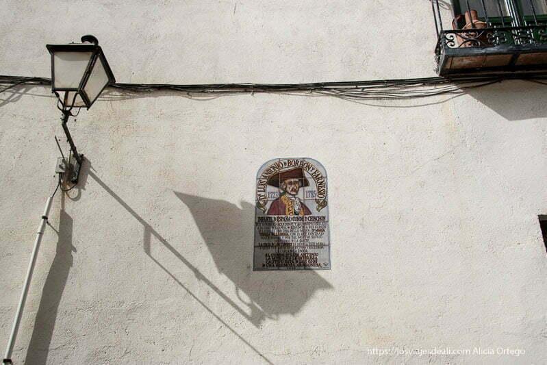 placa del infante don luis antonio de Borbón