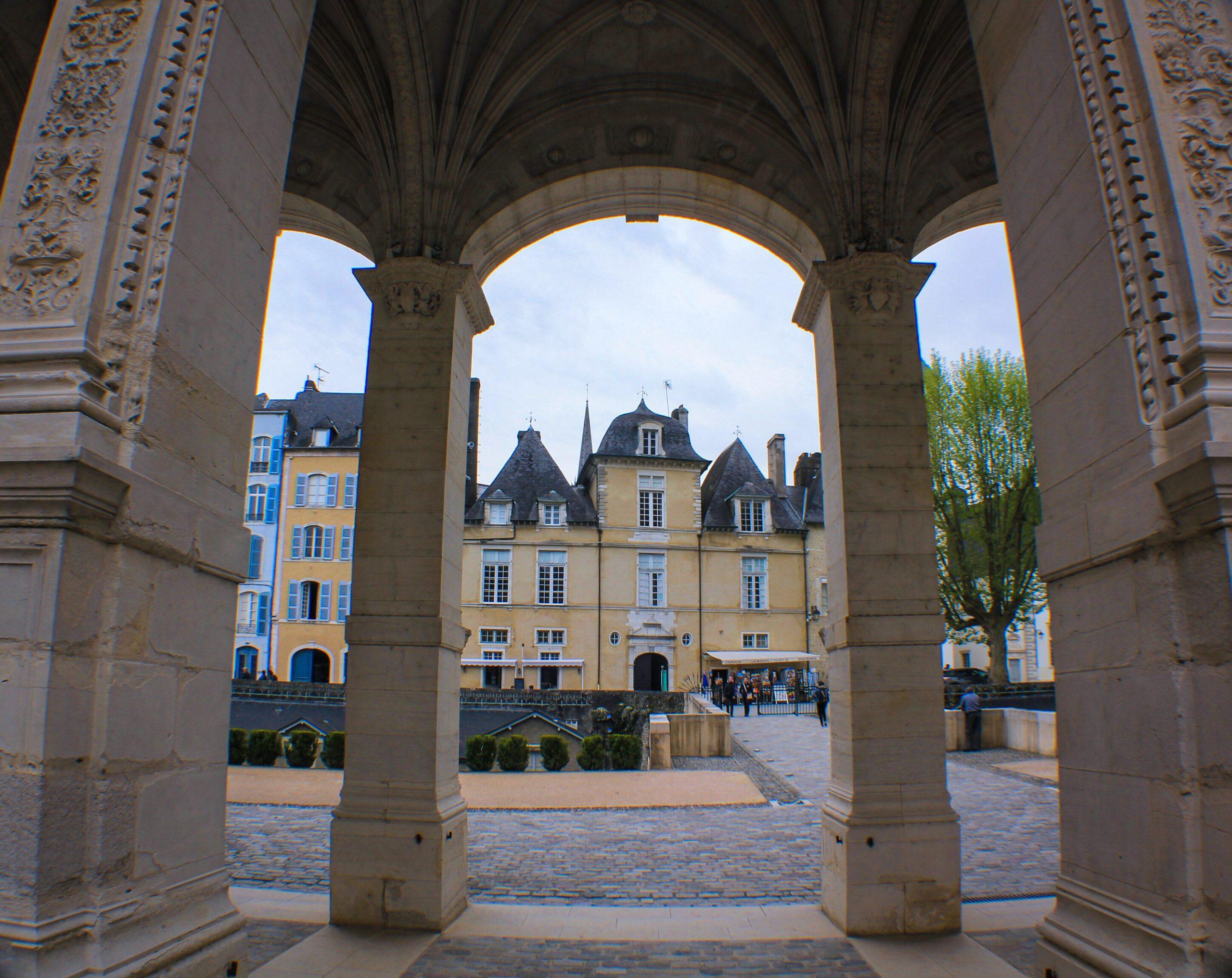 Castillo de Pau entrada - Que ver en Pau