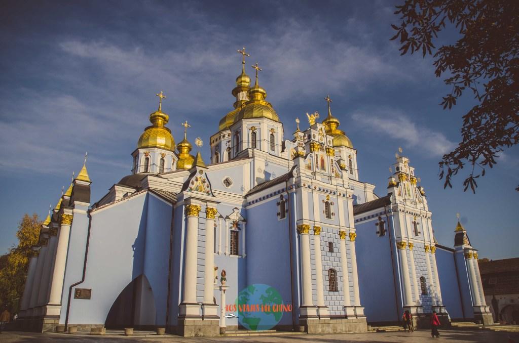 visitar catedral de San Miguel de las cúpulas doradas en la capital de Ucrania