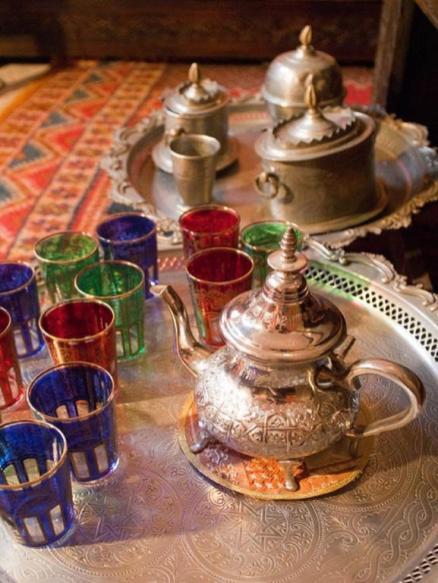 Escapada invernal a Marrakech, te de cortesía en el Riad Losra