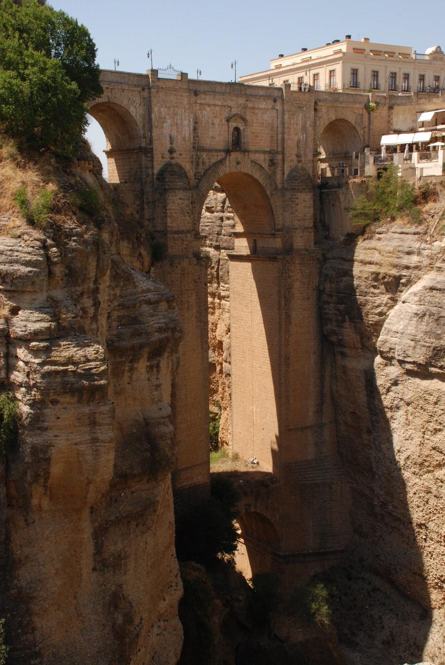 -Apreciación altura Puente Nuevo de Ronda-