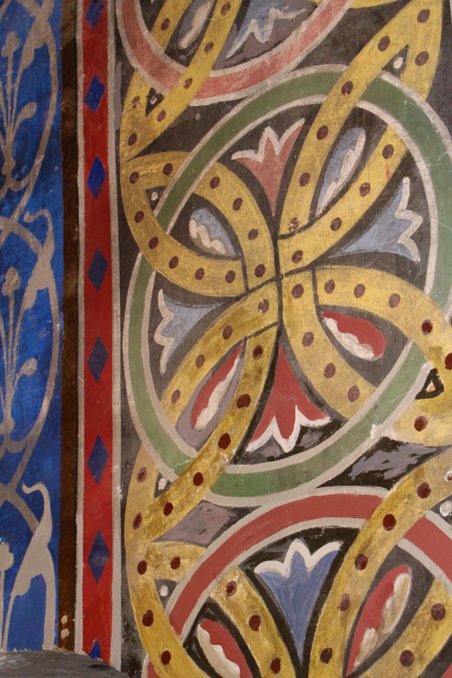 img_4499-2.jpg  -Detalle pintura columnas, Iglesia de San Cristóbal-