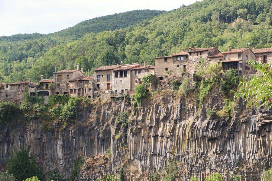 img_4418-2.jpg.-Vista de Castellfullit de la Roca-