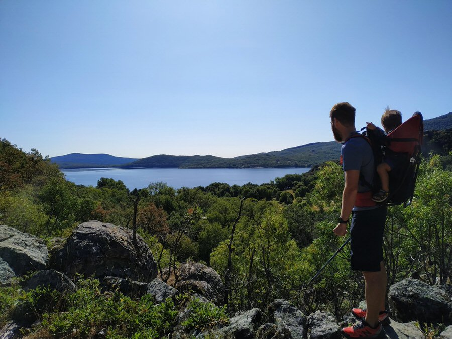 -Lago de Sanabria desde la Senda de los monjes-