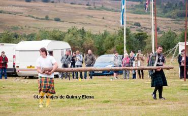 Llevando un tronco en los Highland Games