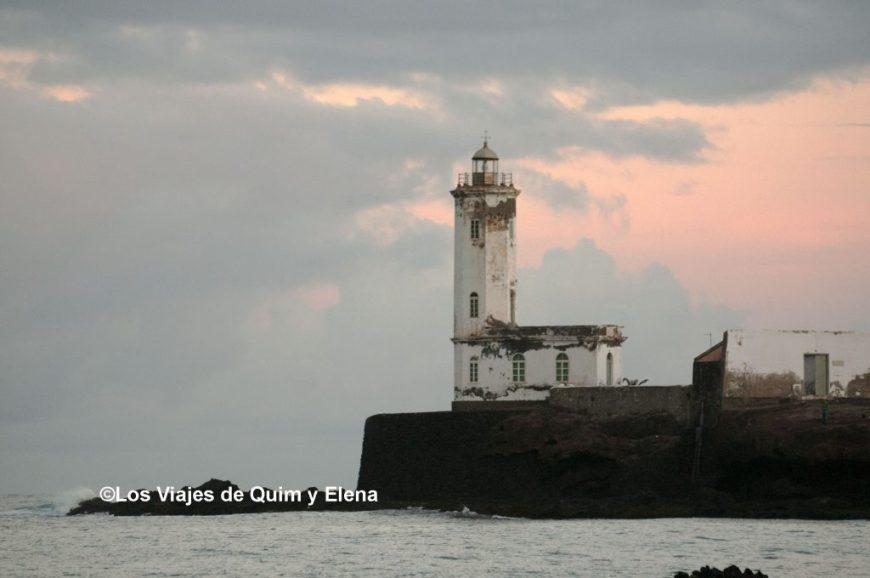 Faro María Pía en la Isla de Santiago