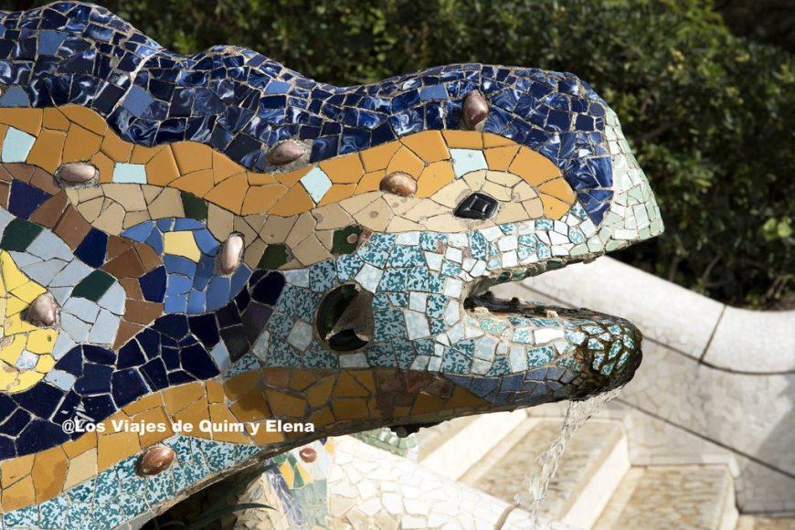 El famoso dragón del Park Güell