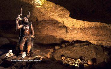 Representación funeraria en la Cueva de L'Espluga de Francolí