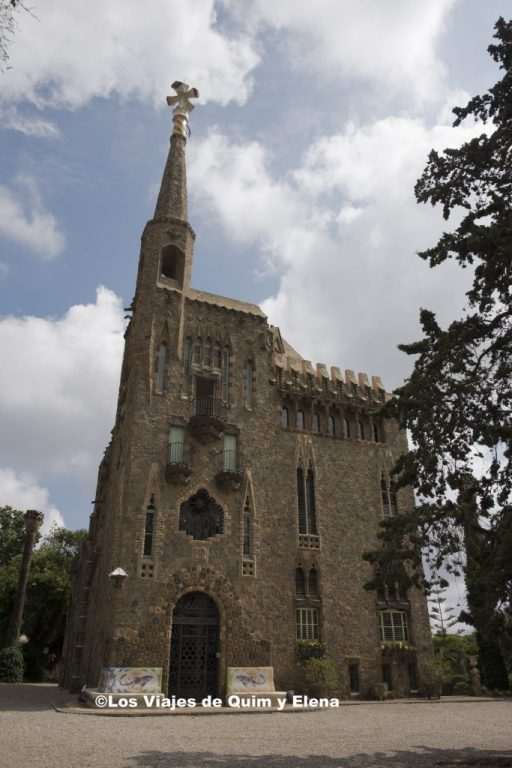 Fachada principal de la Torre de Bellesguard otra de las grandes obras de Gaudí