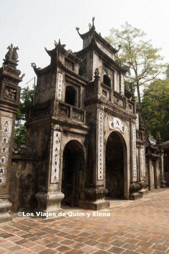 Entrada a la Pagoda del Perfume