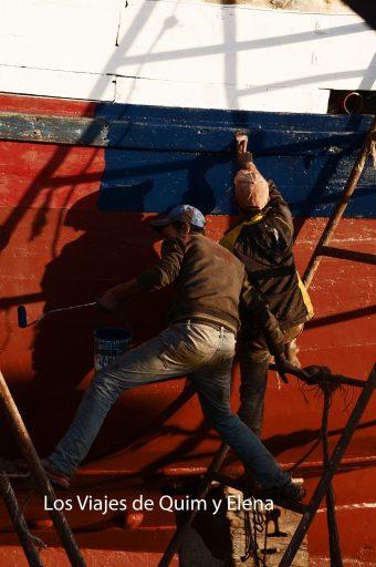 Trabajadores en el puerto de Essaouira