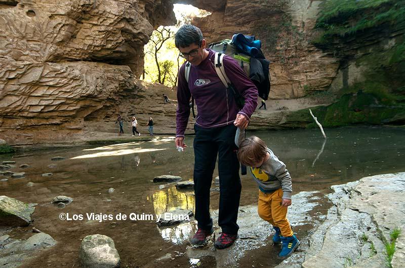 Quim y Éric explorando, excursiones con niños en Cataluña