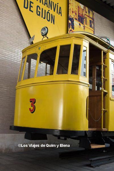 Tranvía en el Museo del Ferrocarril de Gijón
