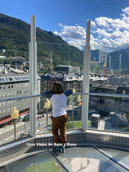 Éric en la pasarela Rosa Ferrer en Andorra la Vella
